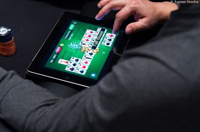 How Online Poker Is Part of Gambling World